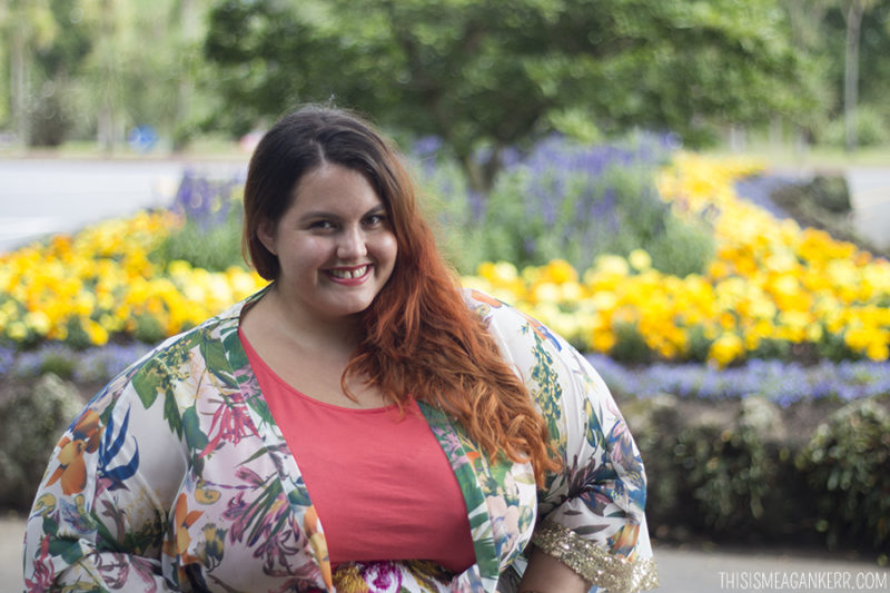 Plus size blogger Meagan Kerr wears Sara Asymmetric Tunic from EziBuy, Wide Belted Floral Skirt from Hope & Harvest and Tropis Beauty Kimono from Nyata
