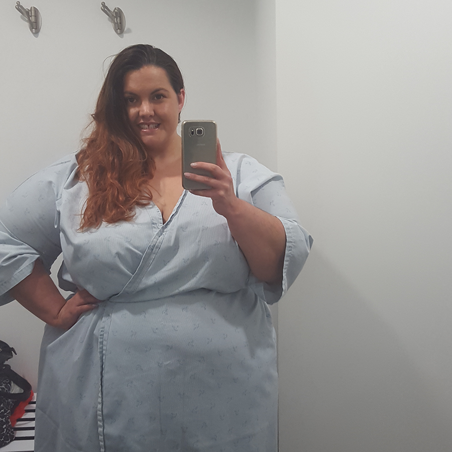 2015 in review: wearing a very chic hospital gown while waiting for an MRI