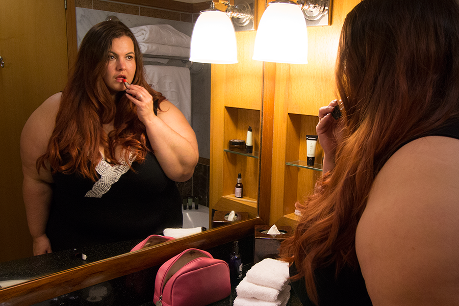Meagan Kerr wears Autograph Plus Size Lingerie // How to be body confident in the bedroom
