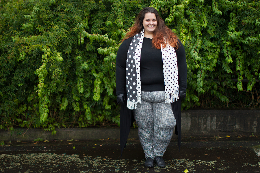 New Zealand plus size fashion blogger Meagan Kerr wears Kate Madison black and white print pants from The Warehouse, Yourself merino top from Farmers, Black Dahlia duster from Empress Eleven, Dotty scarf from K&K, Ezibuy gloves