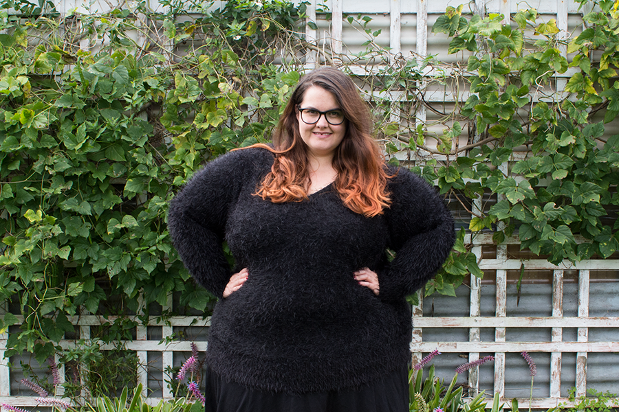 New Zealand plus size fashion blogger Meagan Kerr wears 17 Sundays envy Feather Knit Sweater