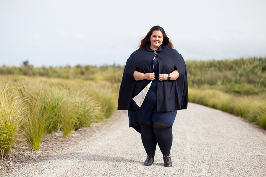 New Zealand plus size style blogger Meagan Kerr wears Vanessa Kelly Clothing cape in navy