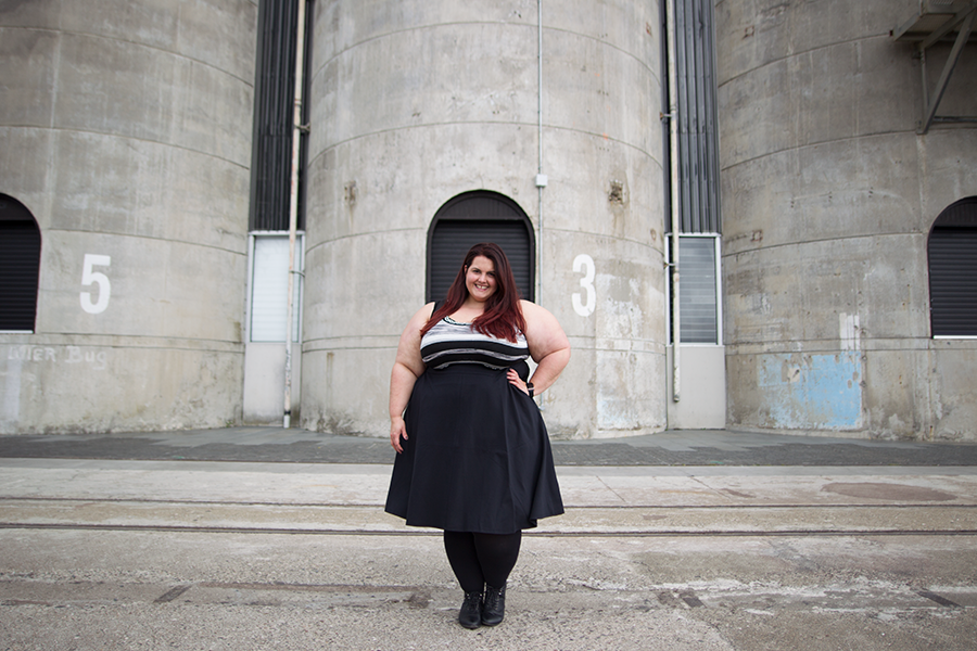 New Zealand plus size fashion blogger Meagan Kerr wears Space Dye Sweater Tank and Ponte Circle Skirt from Lane Bryant