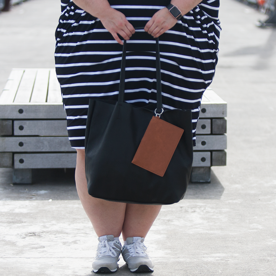 New Zealand plus size blogger Meagan Kerr wears Isla-Maree Curve+ Miracle Dress and Cotton On City Slicker Tote Bag