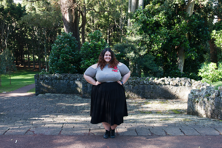 What is up with the cold shoulder trend in plus size clothing? Meagan Kerr wears Forever 21 Plus Open Shoulder Top