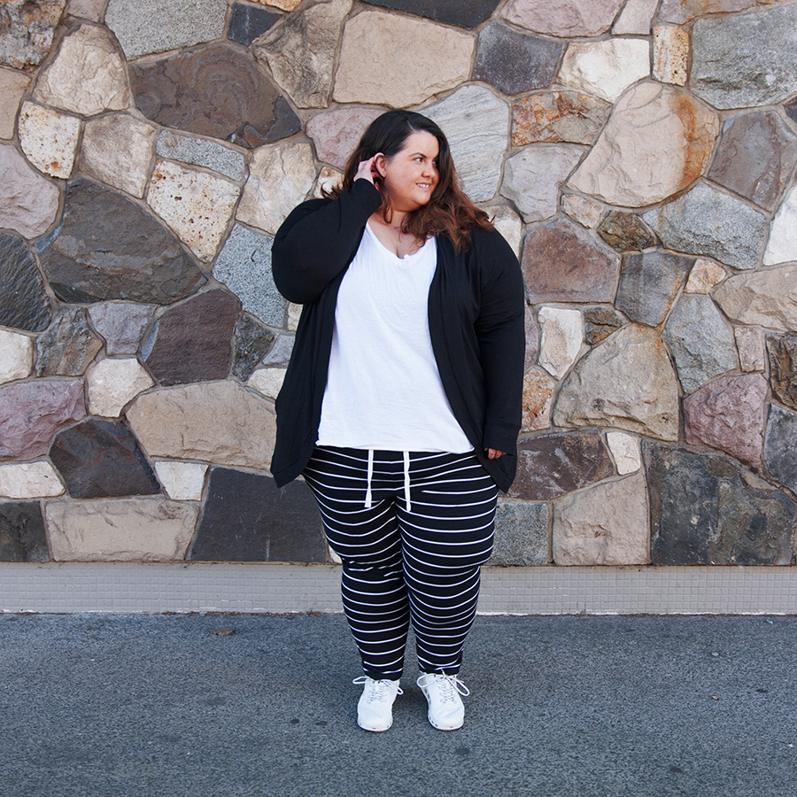 New Zealand plus size blogger Meagan Kerr wears Kate Madison Striped Harem Pants from The Warehouse with v-neck tee from Torrid and Kate Madison Soft Touch Hooded Cardigan from The Warehouse