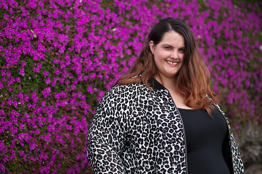 New Zealand plus size blogger Meagan Kerr wears The Essential Tank Dress from Harlow Australia and Manon Baptiste Animal Print Bomber Jacket from Navabi
