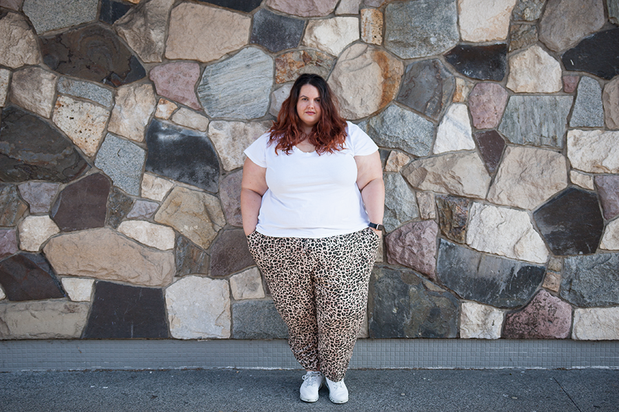 New Zealand plus size fashion blogger Meagan Kerr wears V Neck Tee and Leopard Print Challis Jogger Pants from Torrid