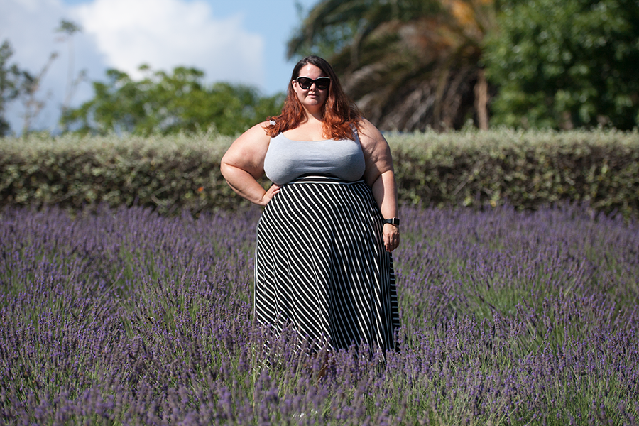 New Zealand plus size blogger Meagan Kerr wears River Island Plus tank top and K&K Hi Lo striped skirt at Lavender Hill Farm, Auckland